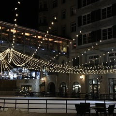 Photo taken at The Arrabelle at Vail Square, A RockResort by Clara S. on 3/11/2016
