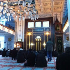 Photo taken at Sacit Ateş Camii by Ismail U. on 1/18/2013