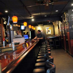 Photo taken at Johnny Rad's Pizzeria Tavern by The Baltimore Sun on 12/6/2012