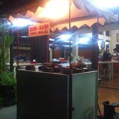 Photo taken at Roda Dim Sum by Kukuh P. on 10/6/2012