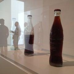 Photo taken at Museu d'Art Contemporani de Barcelona (MACBA) by Silvio Alino on 5/18/2013