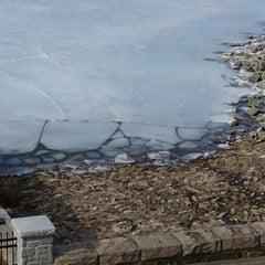 Photo taken at Quabbin Reservoir Visitor Center by Patrick B. on 3/27/2014