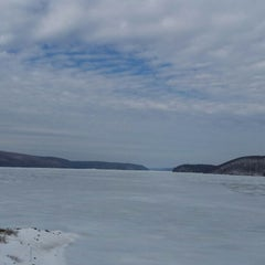 Photo taken at Quabbin Reservoir Visitor Center by Patrick B. on 3/8/2014