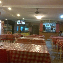 Photo taken at Restoran Vicchuda Meru Indah by Aliff A. on 11/4/2012
