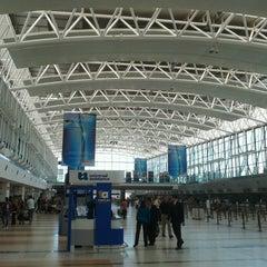 Photo taken at Aeropuerto Internacional de Ezeiza - Ministro Pistarini (EZE) by Léo M. on 3/8/2013