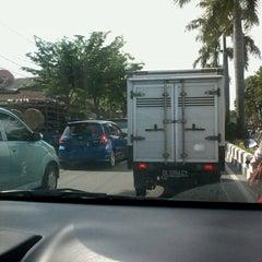 Photo taken at Jalan By Pass Ngurah Rai by ipong p. on 4/27/2013