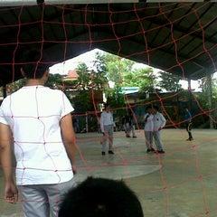 Photo taken at SMA Negeri 1 Pekanbaru by Shafyero P. on 12/17/2012