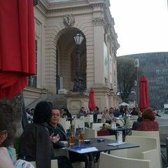 Das Foto wurde bei Café Leopold von Constantin V. am 4/23/2013 aufgenommen