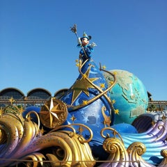 Photo taken at 東京ディズニーシー (Tokyo DisneySea) by かえ on 12/9/2012