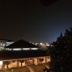 Photo taken at Sekolah Sultan Alam Shah (SAS) by Roslan T. on 3/5/2014