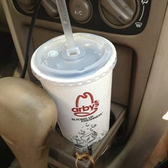 Photo taken at Arby's by Phylis R. on 5/19/2013
