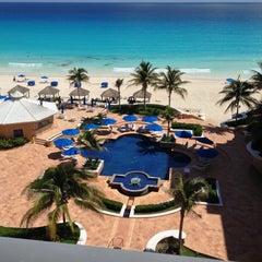 Photo taken at The Ritz-Carlton by Eduardo C. on 10/9/2012