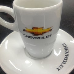 Photo taken at Uvel Veículos - Chevrolet by Juliana P. on 8/8/2013