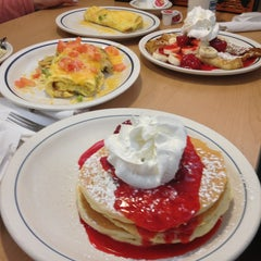 Photo taken at IHOP by Corwin on 3/29/2013