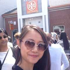 Photo taken at Tory Burch - Outlet by BLack appLe on 5/16/2015