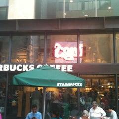 Photo taken at Starbucks by Yusuf on 10/21/2012
