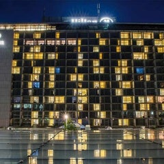 Photo taken at Hilton Munich Park by Stoni on 3/14/2013