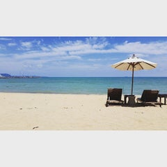 Photo taken at Dor-Shada Resort by the Sea by Rachata W. on 6/28/2015
