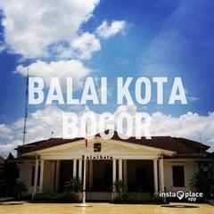 Photo taken at Balai Kota Bogor by fariz a. on 3/17/2013