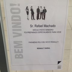 Photo taken at Nissul Renault by Rafael K. on 8/13/2014
