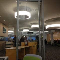 Photo taken at Research Assistance at Snell Library Northeastern University by Totsaporn I. on 9/26/2013