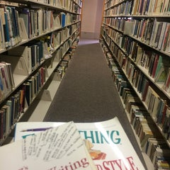 Photo taken at Main Library - Miami-Dade Public Library System by Chan on 9/22/2014
