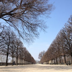 Photo taken at Jardin des Tuileries by Jessica Y. on 4/1/2013