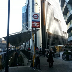 Photo taken at Old Street London Underground Station by Hannah on 12/13/2012