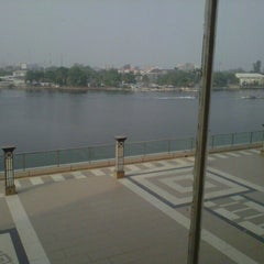 Photo taken at Oriental Hotel by Ijezie M. on 9/18/2012