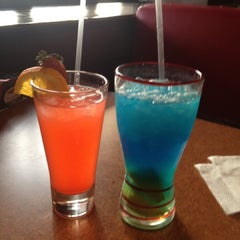Photo taken at T.G.I. Friday's by Alex on 2/17/2013