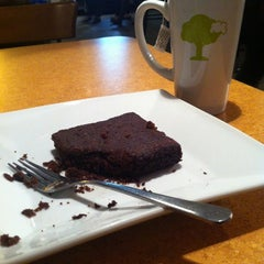 Photo taken at Green Bean Café by Hasitha on 10/17/2012