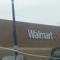 Photo taken at Walmart Supercenter by Shantalle C. on 1/25/2013