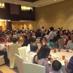 Photo taken at Oversea Restaurant by Firdaus S. on 12/1/2012