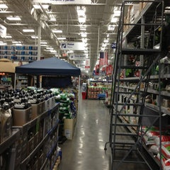 Photo taken at Lowe's Home Improvement by Mark K. on 4/23/2013
