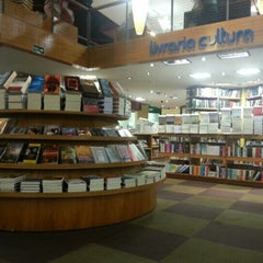 Photo taken at Livraria Cultura by Karla B. on 11/27/2012