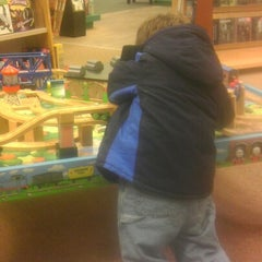 Photo taken at Barnes & Noble by Christopher C. on 11/24/2012