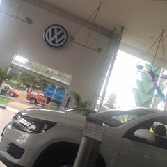 Photo taken at Volkswagen by Rickardo A. on 6/25/2015