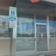Photo taken at Dunkin Donuts by Crystal F. on 9/29/2013