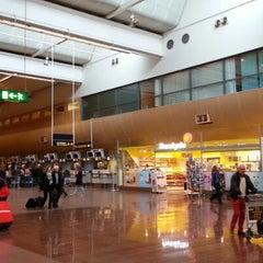Photo taken at Terminal 5 by Emil O. on 9/28/2012