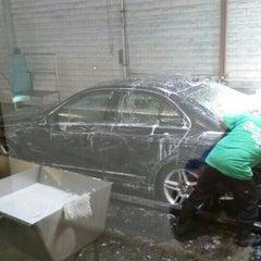 Photo taken at Sherman Oaks Car Wash by TANK on 8/1/2014