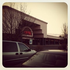 Photo taken at AMC Maple Ridge 8 by Q M. on 4/6/2013