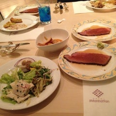 Photo taken at ホテル ザ・マンハッタン(HOTEL THE Manhattan) by Doman on 12/2/2012