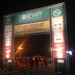 Photo taken at Food Network South Beach Wine & Food Festival by NYCsidewalker on 2/25/2013