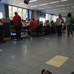 Photo taken at Prefeitura de Guarulhos by ELI on 10/13/2014