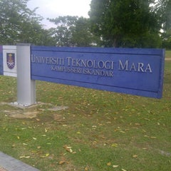 Photo taken at Universiti Teknologi MARA (UiTM) by Nabilah S. on 1/24/2013