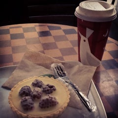 Photo taken at Starbucks by Lups S. on 12/3/2012