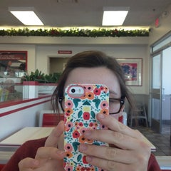 Photo taken at In-N-Out Burger by Gabe J. on 3/13/2014