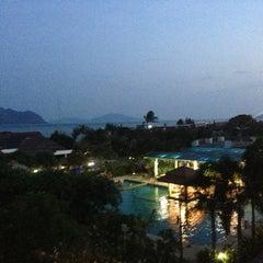 Photo taken at Chalong Beach Hotel & Spa by KOKOS on 1/1/2014