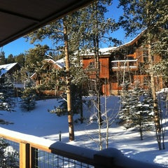 Photo taken at Mountain Thunder Lodge by Kevin on 12/20/2012