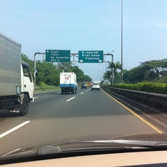 Photo taken at Jalan Tol Lingkar Luar Jakarta Seksi E1 (JORR E1) by Ela E. on 7/4/2014